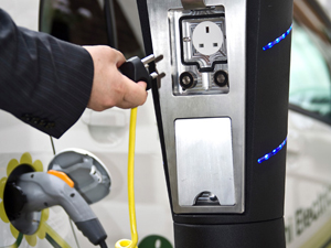 O2 signs M2M deal for electric car charging