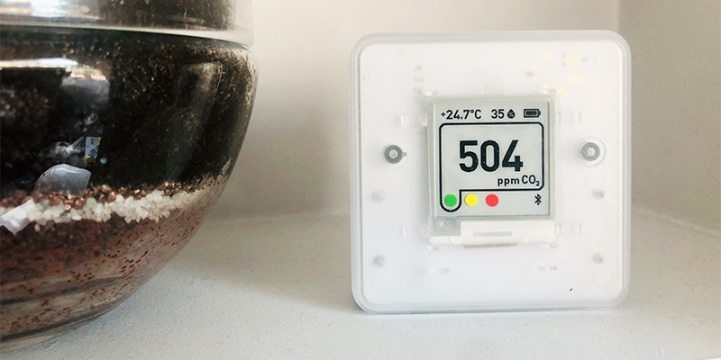 Aranet4, a portable CO2 monitor for your home environment (review)