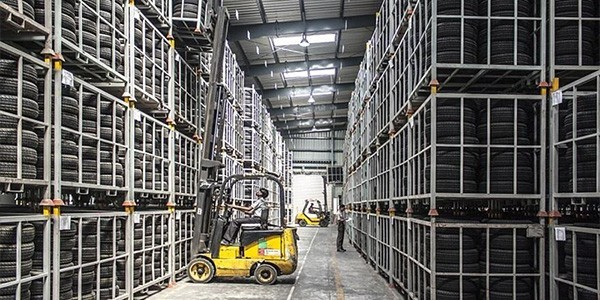 warehouse storage and handling