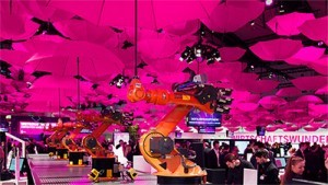 Picture from CeBIT trade fair showing Kuka Robots connected to the Telekom 'Cloud of things'